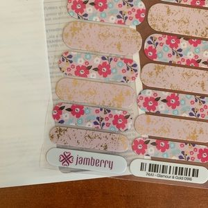 B3G1 Jamberry Glamour & Gold Full Sheet!!